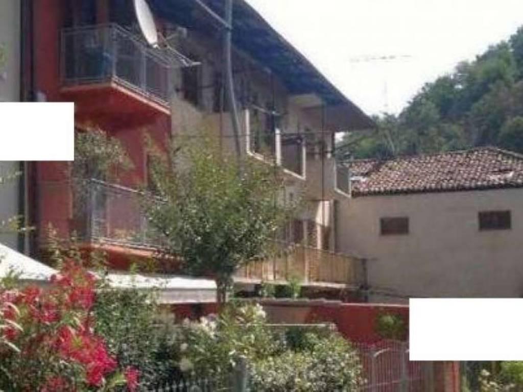 Foto 1 di Appartamento via pesio 53, Corneliano D'alba