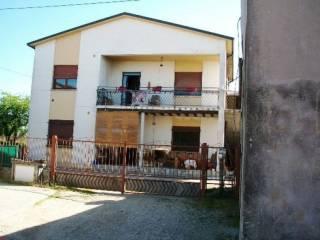 Foto - Casa indipendente 280 mq, da ristrutturare, San Pietro di Morubio
