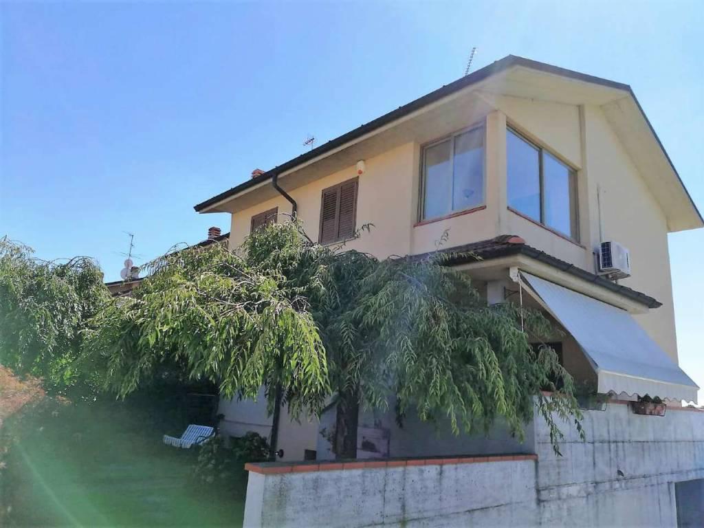 foto  Villa unifamiliare via Olimpya 30, Torrevecchia Pia