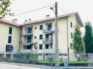 Foto - Bilocale via Primo Villa 9, Burago di Molgora