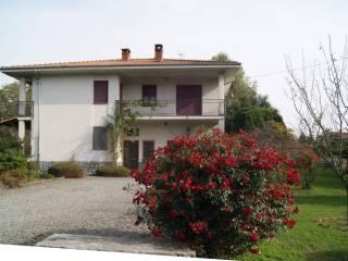 Foto - Casa indipendente via Lessolo, Fiorano Canavese