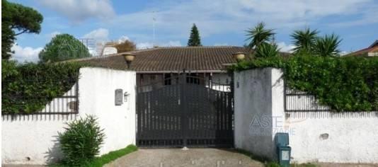 foto  Villa all'asta via Sesia 7, Ardea