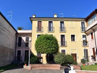 Foto - Appartamento buono stato, Montecchio Maggiore