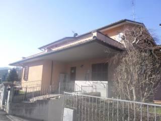 Foto - Quadrilocale via Corpo Italiano Liberazione 3, Sant'Angelo in Vado