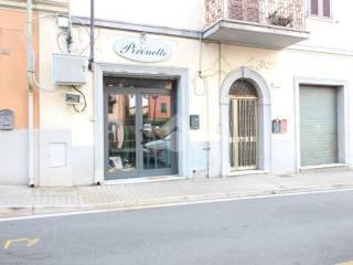 Foto - Box / Garage piazza Giuseppe Garibaldi, 28, Ponzano Superiore, Santo Stefano di Magra