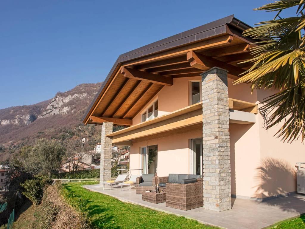 foto  Villa unifamiliare via Alessandro Volta, Tremezzina