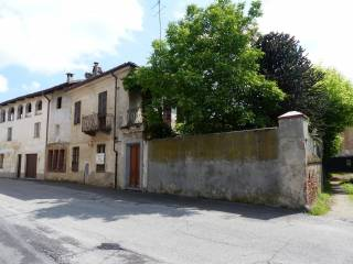 Foto - Casa indipendente via Borgo Soave 3, Villafranca Piemonte