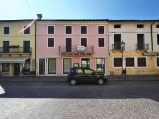 Foto - Quadrilocale via Giacomo Matteotti, Montecchio Maggiore