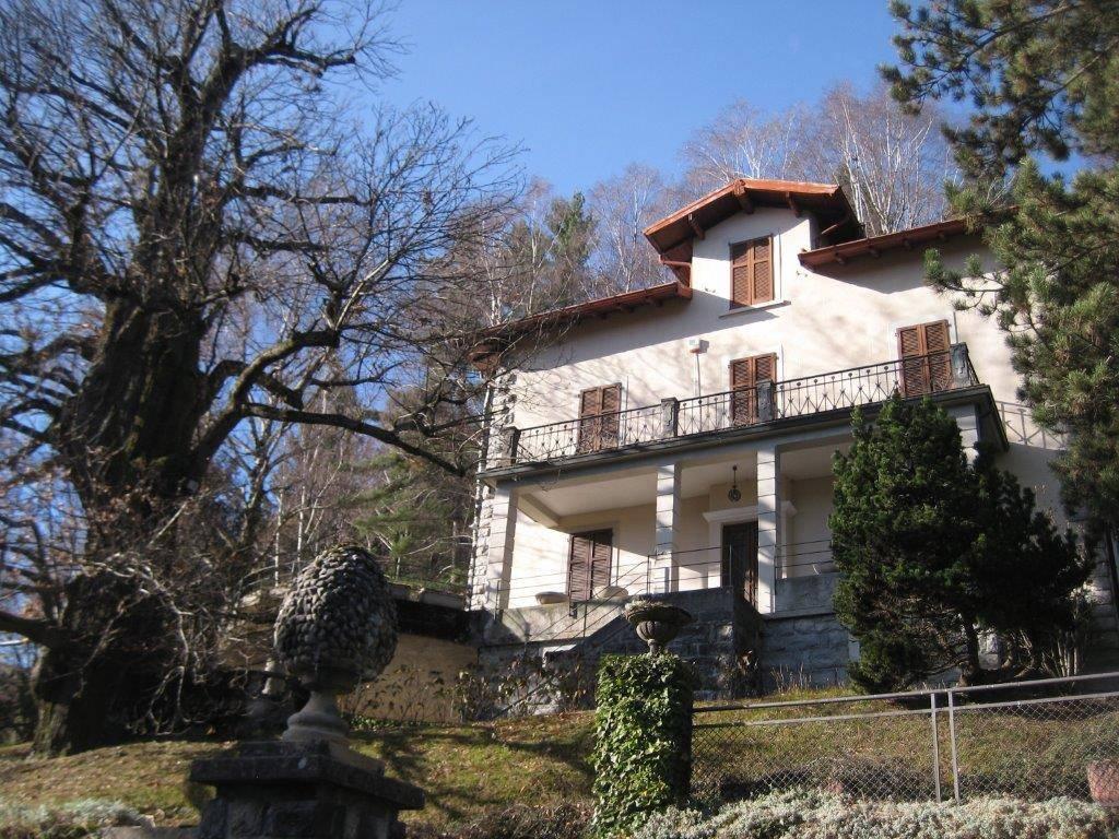 foto Esterno Villa via Vittorio Novi 17, Alta Valle Intelvi