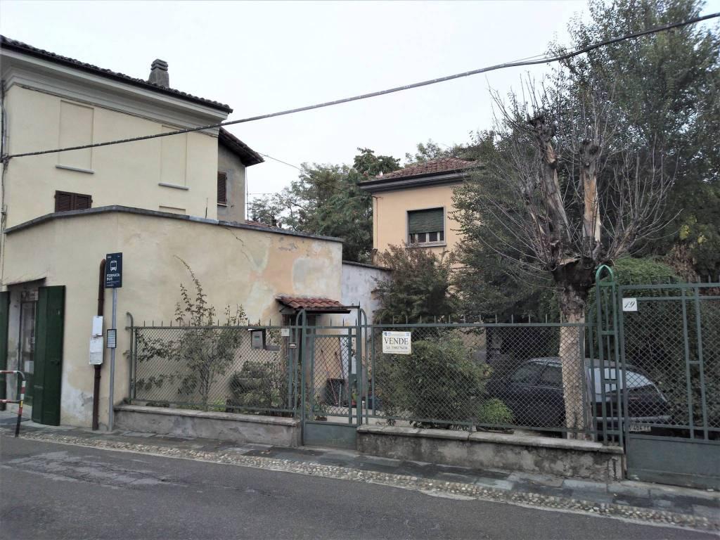 foto  Villa via Vittorio Emanuele II, Montebello della Battaglia