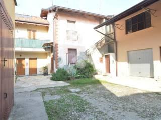 Foto - Casa indipendente via Caglio Viganò, 3, Bernareggio