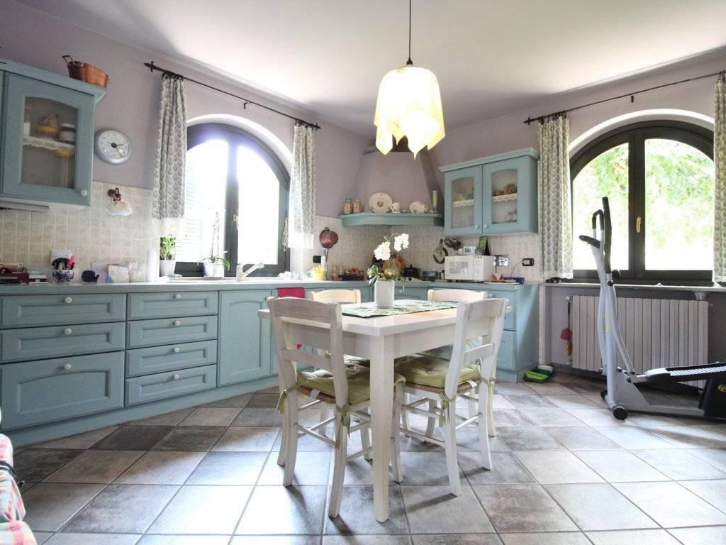 foto  Villa via della Rocca, 109, 109, Envie