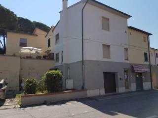 Foto - Casa indipendente via Roma, Collesalvetti