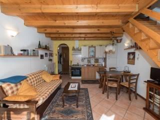 Foto - Bilocale via Monte Ferrante, Oltressenda Alta