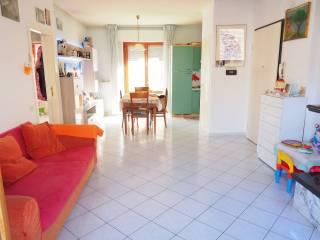 Foto - Trilocale ottimo stato, primo piano, Morrovalle