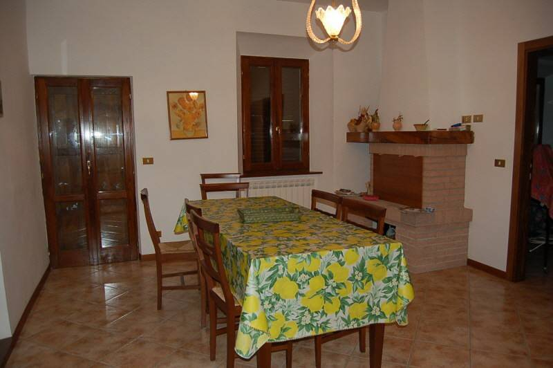 foto Foto 1 Single-family townhouse 150 sq.m., excellent condition, Montefortino