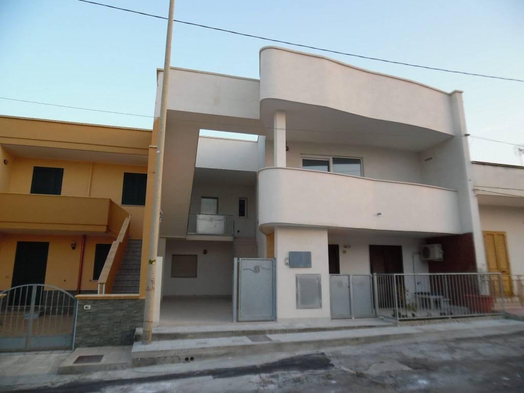 foto  Villa bifamiliare, buono stato, 76 mq, Melendugno