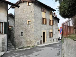Foto - Casa indipendente via Sornico, Lierna