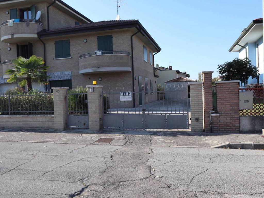 foto  Terraced house via Aldo Moro 6, Gazzuolo