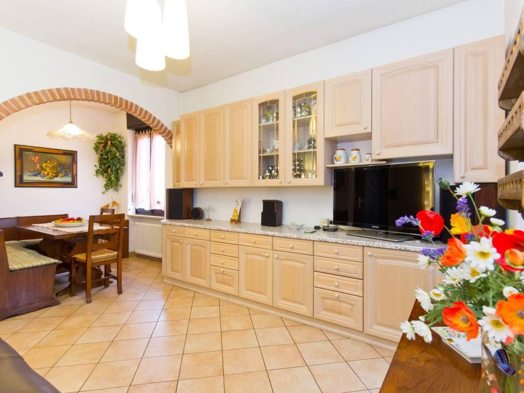 foto  3-room flat via Giuseppe Mazzini 17, Cambiano