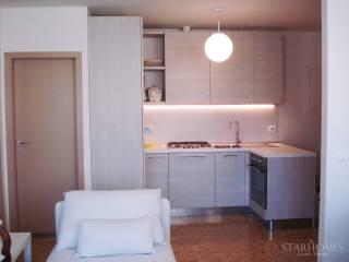 Case in Affitto: Firenze Appartamento buono stato, quarto piano, Piazza della Repubblica, Firenze