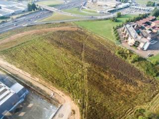 Foto - Terreno edificabile industriale a Brembate