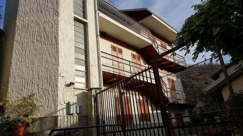 foto Facciata Detached house vicolo Sant'Antonio 3, Condove
