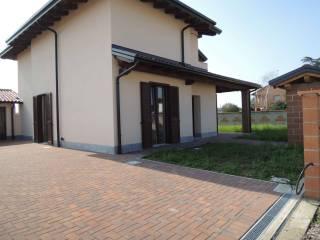 Foto - Villa via Caravaggio, s-n, Casalbeltrame