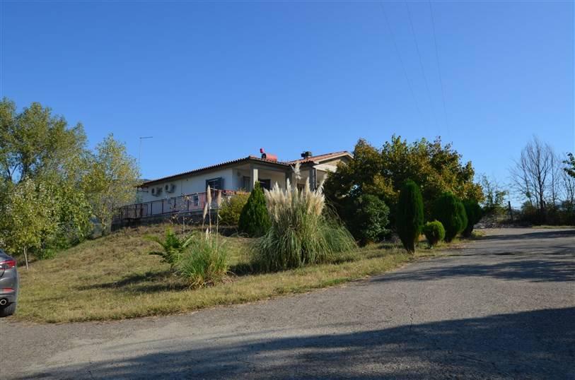 foto  Villa unifamiliare Vocabolo Spezzano, Montebuono