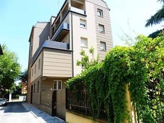 Case in Vendita: Modena Appartamento via Fulvio Testi, Viali, Modena