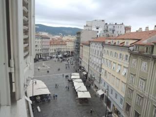 Borsa Appartamenti it E Case Trieste Piazza Della Immobiliare xpqaI