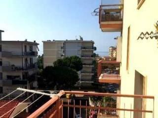 Foto - Bilocale via Nuvolone, Arma Di Taggia, Taggia