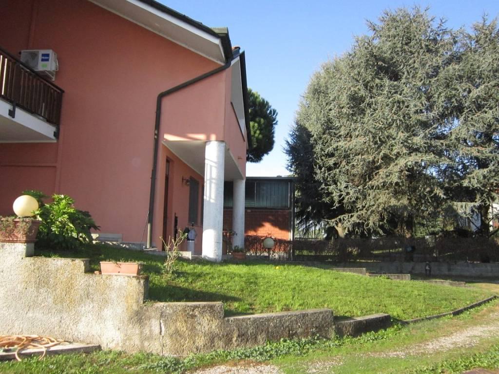 foto esterno Single family villa via Colombera, Casalmaiocco