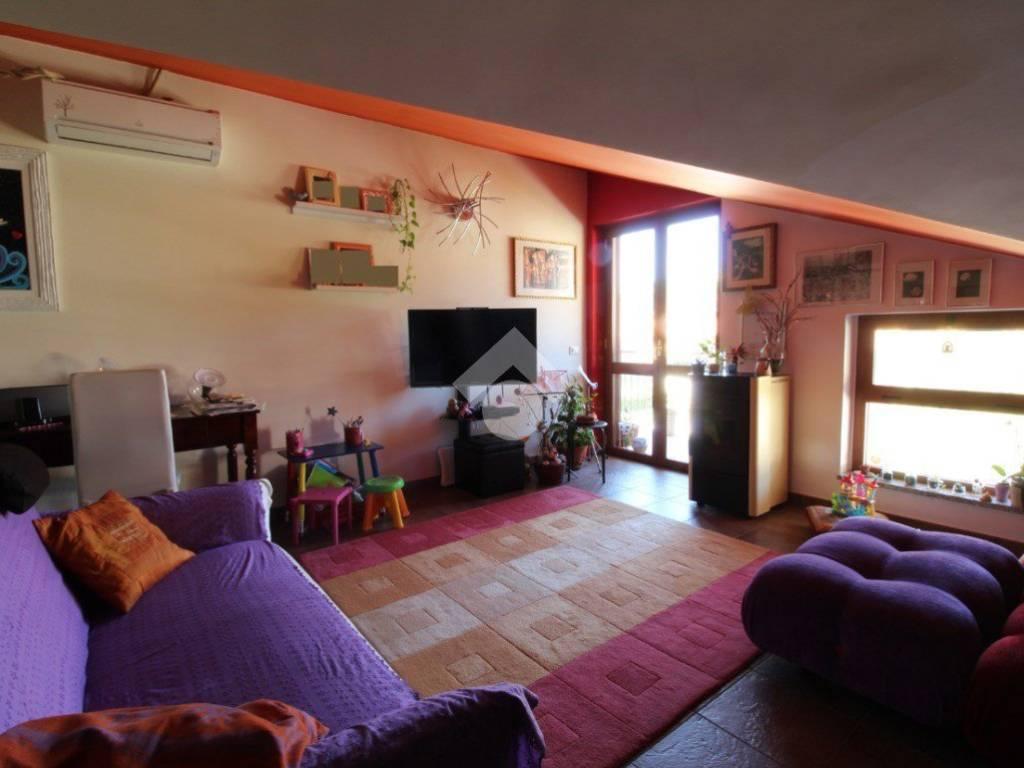 foto  Trilocale quarto piano, Montalto Uffugo