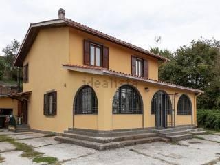 Foto - Villa, buono stato, 210 mq, Caprarola