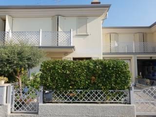 Foto - Villa via Custoza, Boschetti Di Mezzo, Montichiari