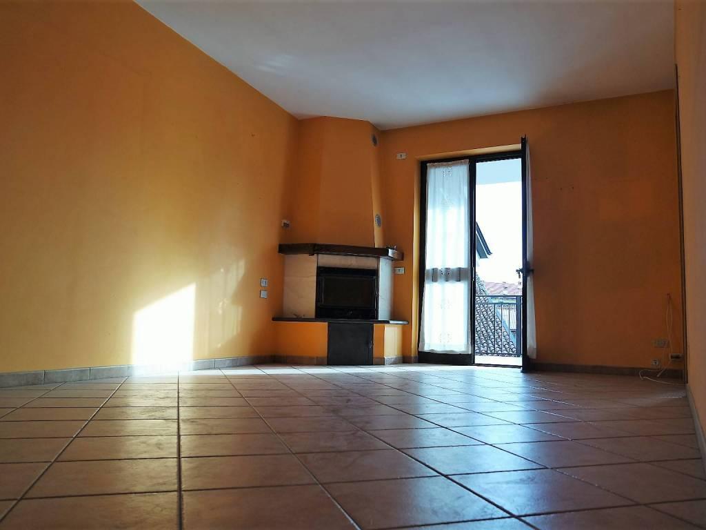 foto Soggiorno Apartment excellent condition, second floor, Cascinette d'Ivrea