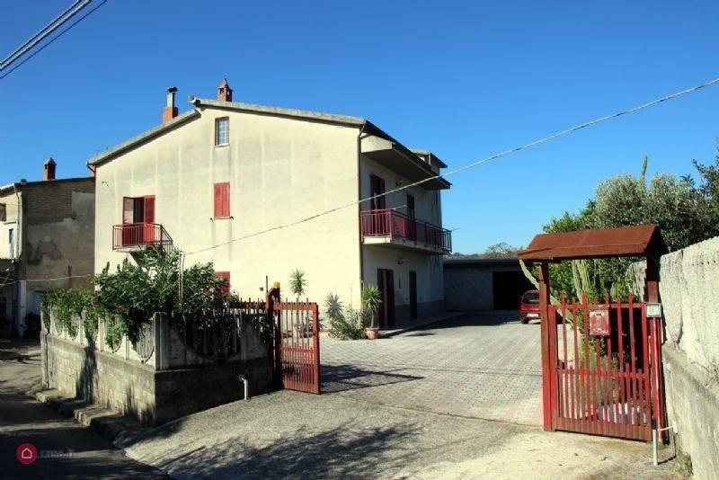 foto  Rustico / Casale Contrada Lamia, Sant'Agata de' Goti