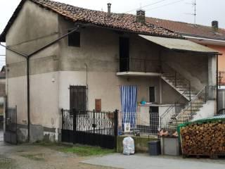 Foto - Casa indipendente via Santhià 1, Alice Castello