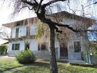 Foto - Villa frazione Baraggi 13, Piatto