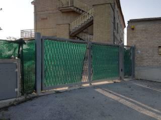 Foto - Rustico / Casale via Enrico Fermi 22, Torre San Patrizio