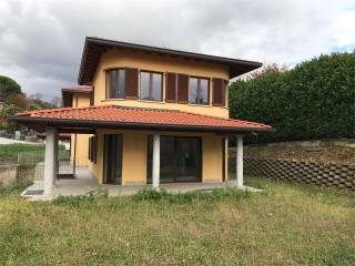 Foto - Villa via Per Eupilio, 2, Longone al Segrino