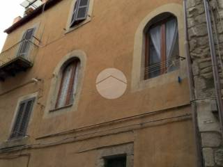 Case in Vendita: Viterbo Bilocale via della Volta Buia, 64, Sacrario - Piazza della Rocca, Viterbo