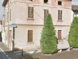Foto - Casa indipendente 220 mq, da ristrutturare, Castelvisconti