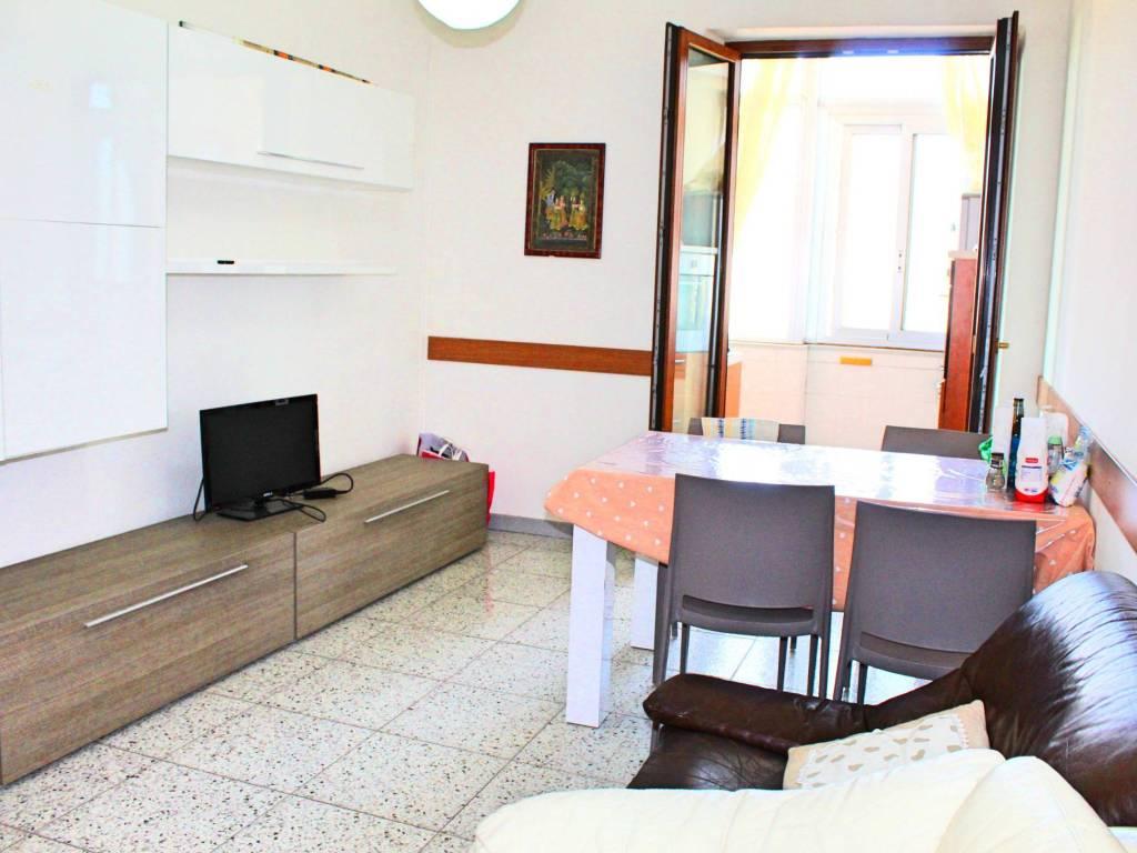 foto soggiorno Quadrilocale via Giovanni Battista Tuveri 66, Cagliari
