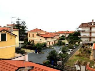 Foto - Trilocale corso Villaregia, Riva Ligure