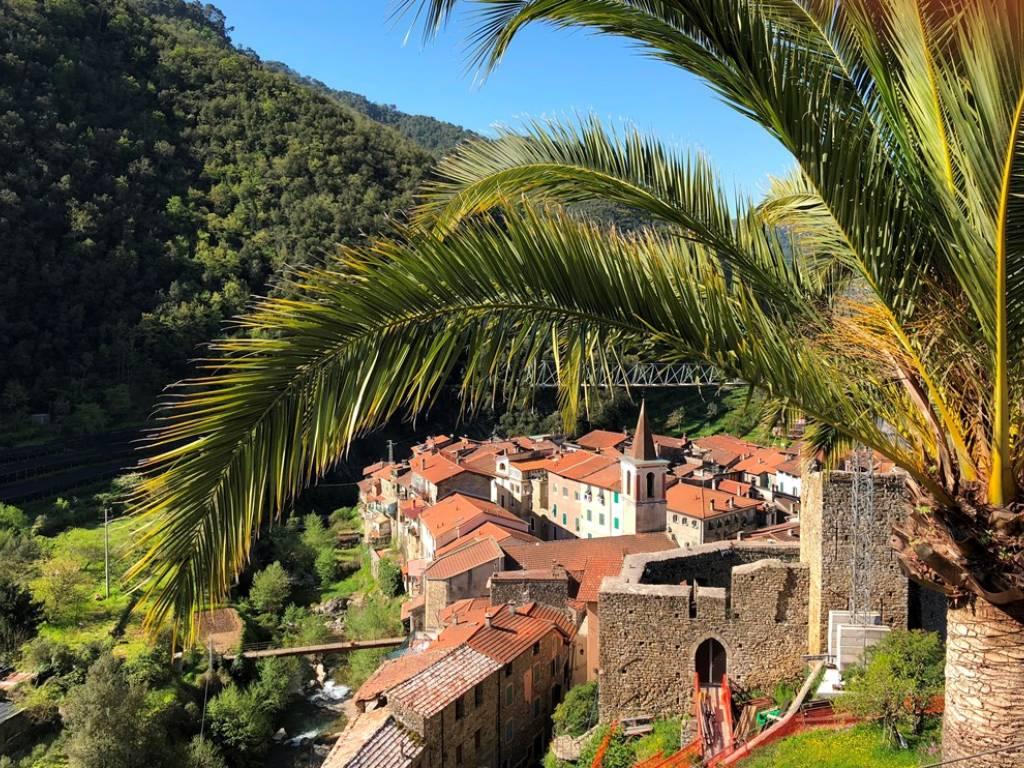foto vista Quadrilocale via Veziano, Isolabona