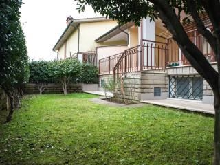 Foto - Villa bifamiliare via g  Matteotti , 28, Anguillara Sabazia