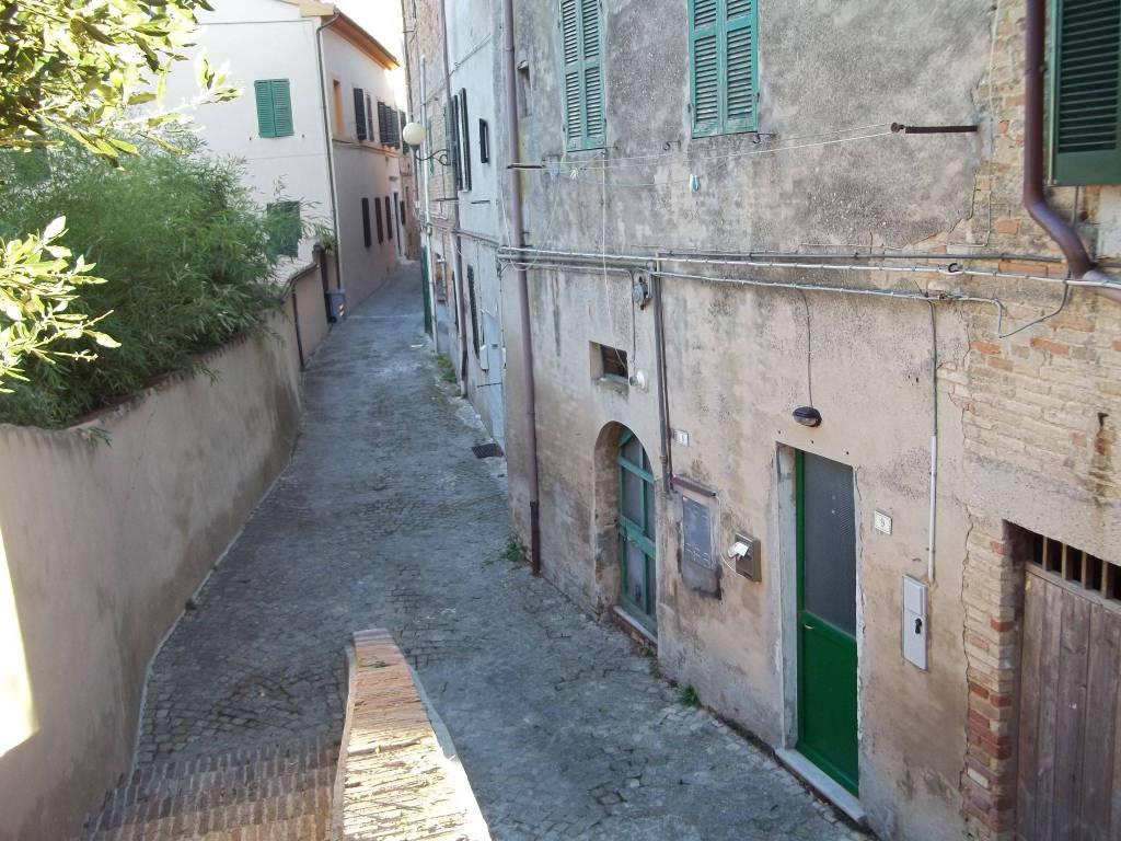 foto  Trilocale via delle Mura 9, Belvedere Ostrense