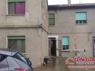 Foto - Casa indipendente via Vittorio Veneto, Berra